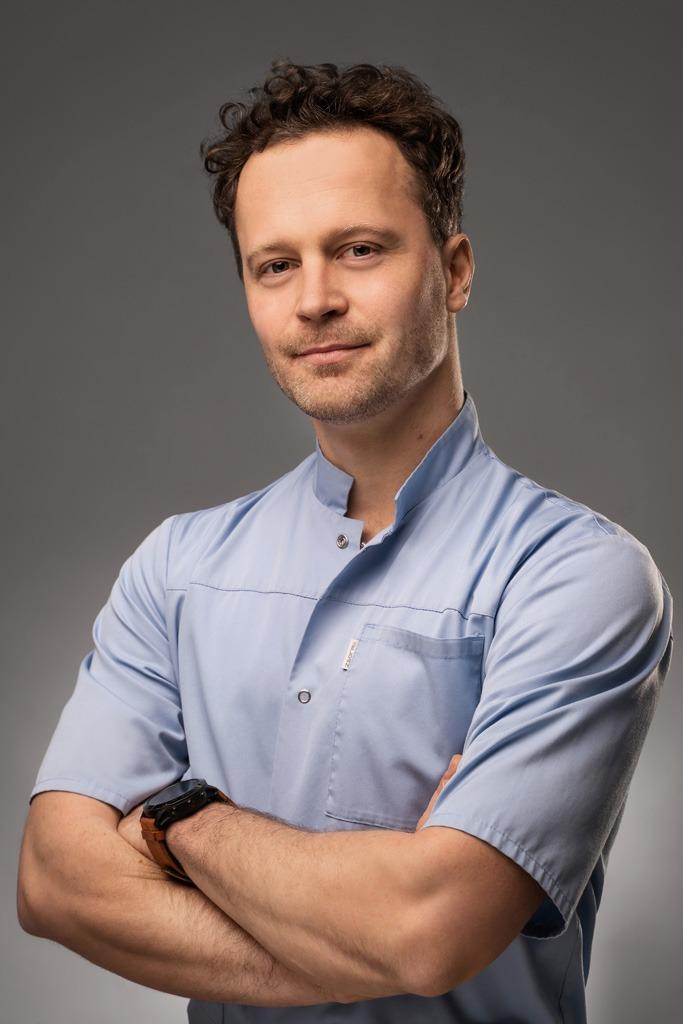 Ortopeda i traumatolog Piotr Modliborski Szczecin